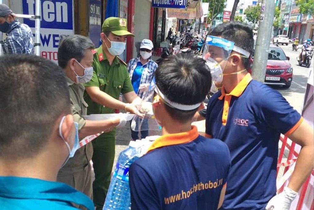 ROC trao tặng vật tư y tế hỗ trợ Đà Nẵng chống dịch, ROC